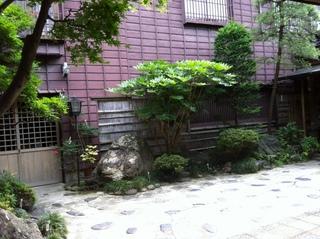 新茶屋玄関.JPG