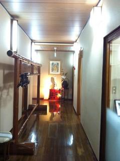 新茶屋1階廊下.JPG